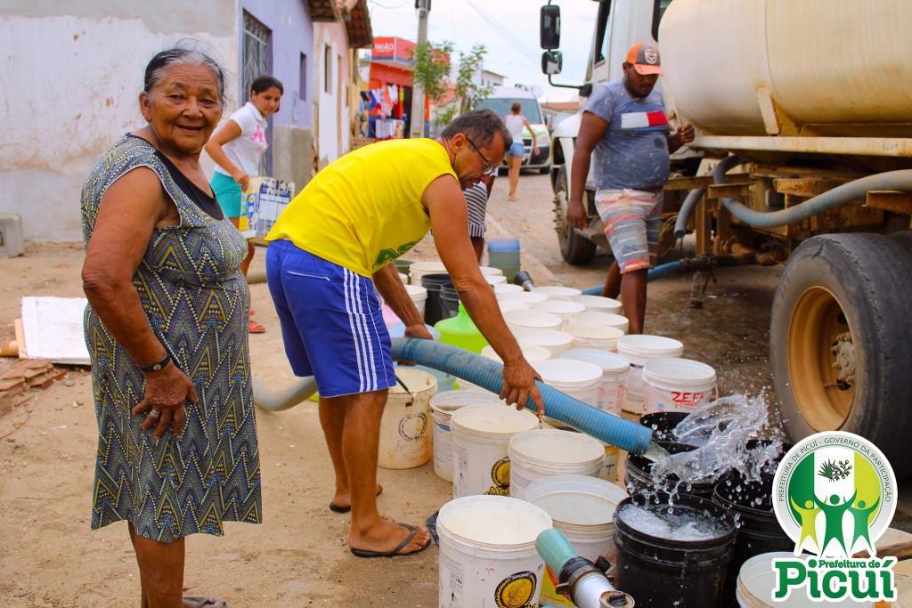 Prefeitura Municipal de Picuí Garante Abastecimento de Água para os Picuienses