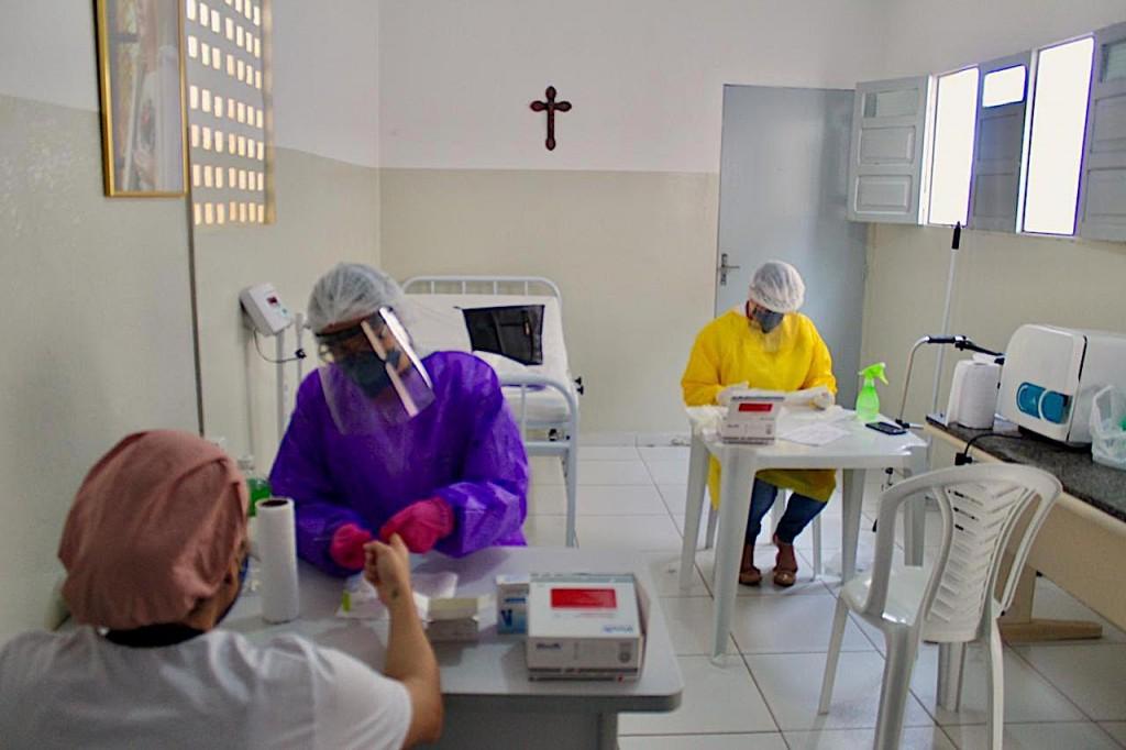 Prefeitura de Picuí e Estado se Unem em Ação de Testagem de COVID-19 em Idosos