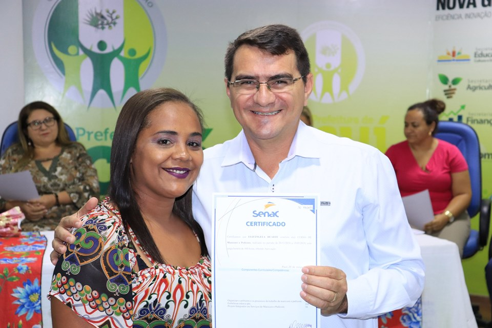Prefeitura de Picuí realiza entrega de certificados do Curso de Manicure e Pedicure