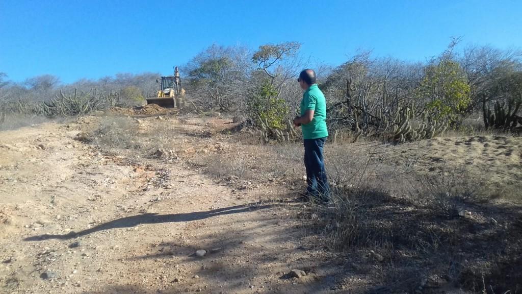 Prefeitura de Picuí recupera estrada que estava esquecida há mais de uma década