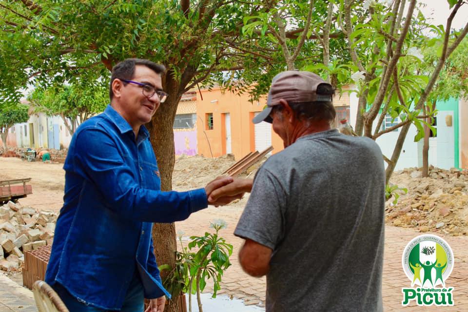 Moradores do Distrito de Santa Luzia se mostram satisfeitos com as melhorias propiciadas pelo Governo da Participação