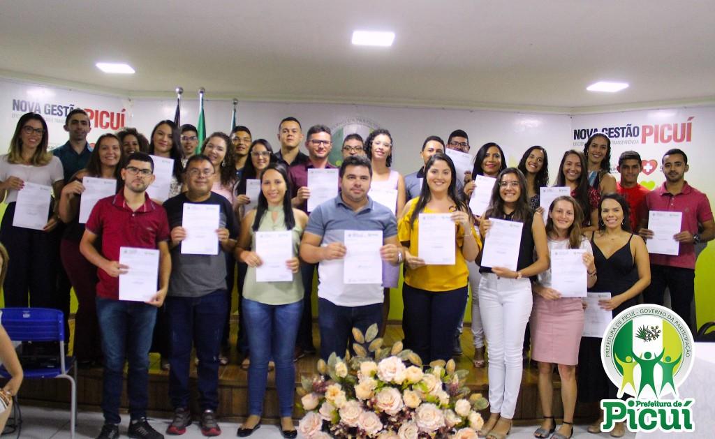 Prefeitura de Picuí Realiza Cerimônia de Posse dos Novos Servidores Públicos Efetivos