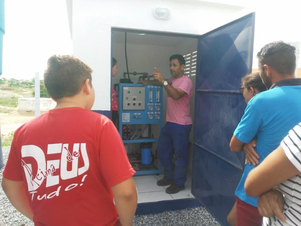 Sistema de Dessalinização de Comunidade Rural Recebe Equipamentos para seu Funcionamento