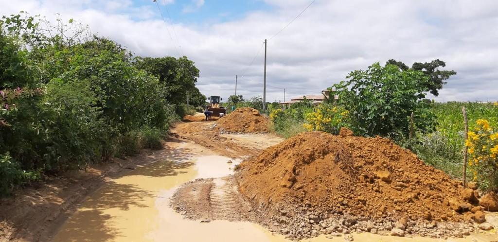 Segue o Trabalho de Recuperação das Estradas da Região Serrana, áreas dos Distritos de Santa Luzia e Serra dos Brandões