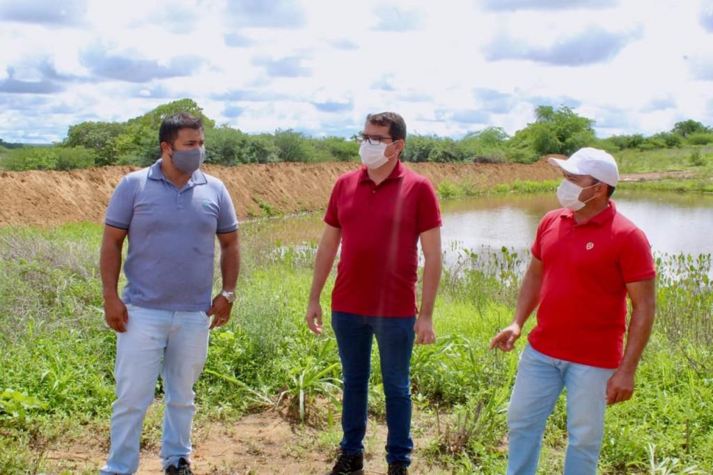 Prefeito Olivânio Remígio Acompanha de Perto Ações da Secretaria de Agricultura na zona rural do Município