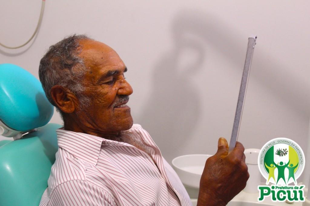 Picuienses são Beneficiados com Próteses Dentárias pela Prefeitura Municipal de Picuí